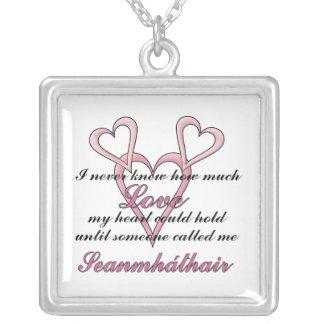 Seanmháthair (ich wusste nie), Halskette Mutter