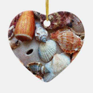 Seashells durch die Küste Keramik Ornament
