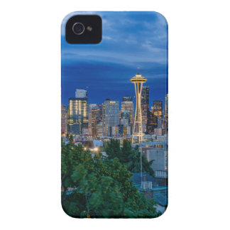 Seattle-Skyline an der Dämmerung iPhone 4 Case-Mate Hülle