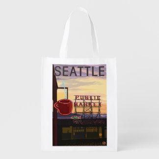 SeattlePike Platz-Markt-Zeichen und Wasser-Ansicht Tragetasche