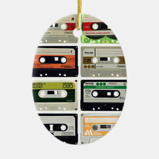 Sechzehn Audiokassetten Keramik Ornament