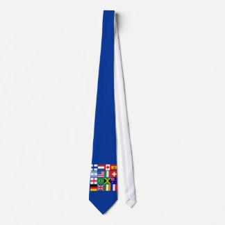 Sechzehn Flaggen vieler Nations-T - Shirts, Krawatte