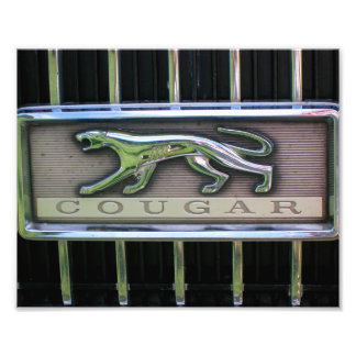 Sechzigerjahre Mercury-Puma-Grill-Emblem Fotografischer Druck