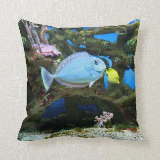 Seeblau-Fische Kissen