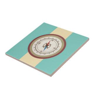 Seekompaß auf Vintagem Retro blauem Sahnebrown Kleine Quadratische Fliese