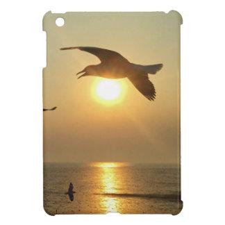 Seemöwe am Sonnenuntergang iPad Mini Hülle