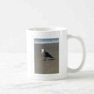 Seemöwe auf dem Strand Kaffeetasse
