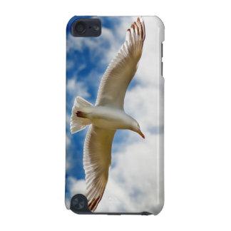 Seemöwe, die oben im Flug nah mit blauen Himmeln iPod Touch 5G Hülle