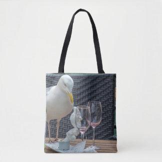 Seemöwe und leere Gläser ganz vorbei - drucken Sie Tasche
