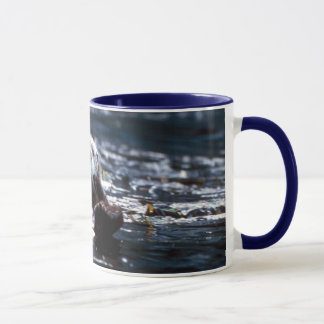 Seeotter-Schwimmen Tasse