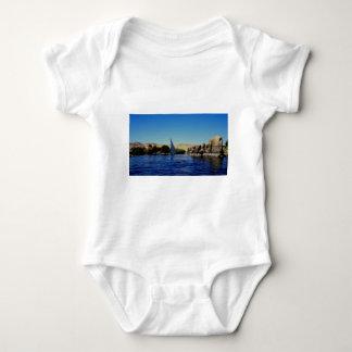 Segelboot auf dem blauen Nil in Ägypten-Foto Baby Strampler