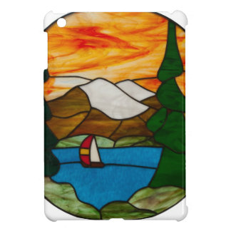 Segelboot auf Mountainsee-Buntglas-Entwurfs-Kunst iPad Mini Hülle