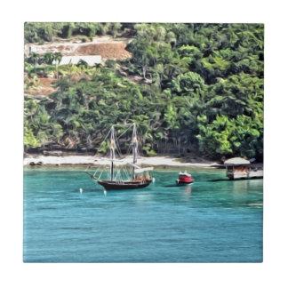 Segelboot in der Bucht Keramikfliese