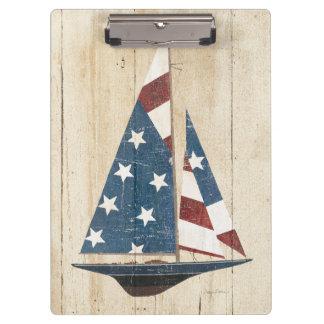 Segelboot mit amerikanischer Flagge Klemmbrett