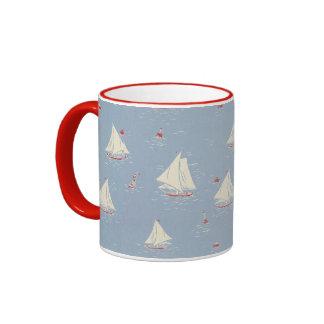 Segelboot-Muster Ringer Tasse