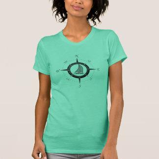 Segelboot-und Kompass-Rose T-Shirt