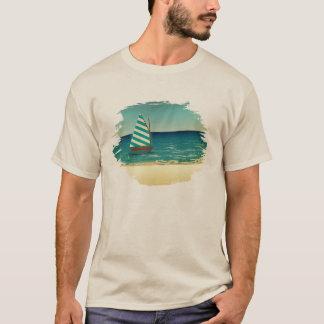 Segelboot und Meer T-Shirt