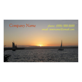 Segelboote in der Sonnenuntergang-Visitenkarte Visitenkarten
