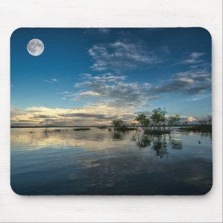 Segeln nahe Iquitos Mousepad