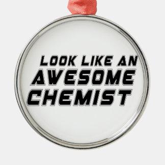 Sehen Sie wie ein fantastischer Chemiker aus Rundes Silberfarbenes Ornament