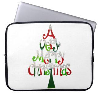 Sehr fröhlicher Weihnachtsbaum Laptopschutzhülle