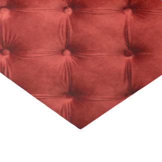 Seidenpapier für das Geschenk mit rotem capitone