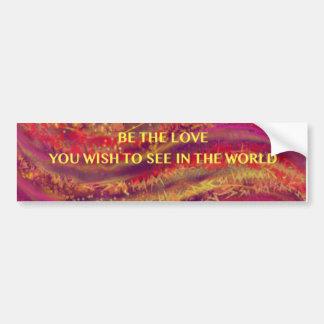 Seien Sie die Liebe - Feuer-Farben - Autoaufkleber