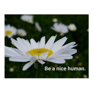 Seien Sie eine Nizza menschliche Postkarte