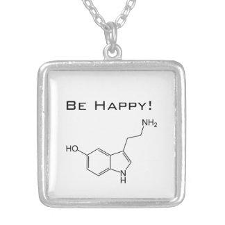 Seien Sie glücklich! Serotonin Halskette Mit Quadratischem Anhänger