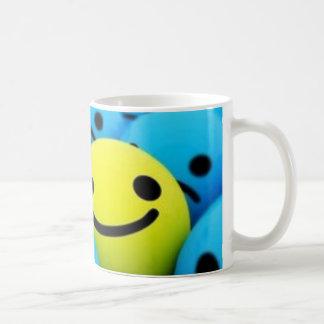 Seien Sie glücklicher Becher Tasse