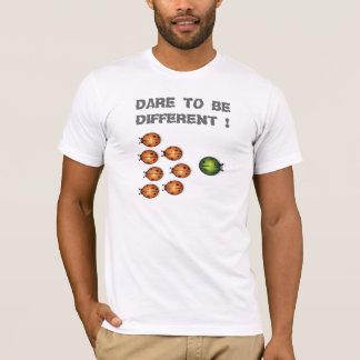 SEIEN SIE UNTERSCHIEDLICH T-Shirt