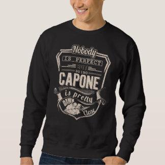 Sein CAPONE ist hübsch. Geschenk-Geburtstag Sweatshirt