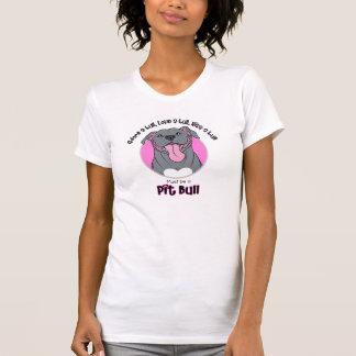 Sein muss eine Pitbull, die auf Weiß rosa ist T-Shirt