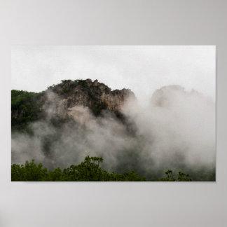 Seneca-Felsen in der Wolke, West Virginia. Poster