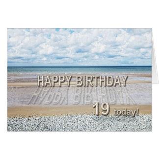 Setzen Sie 19. Geburtstagskarte der Szene mit Karte