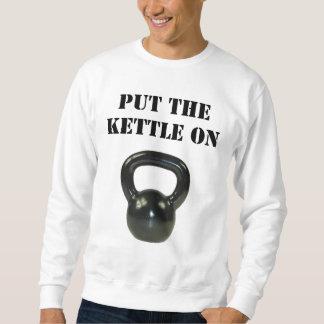 Setzen Sie den Kessel an Sweatshirt
