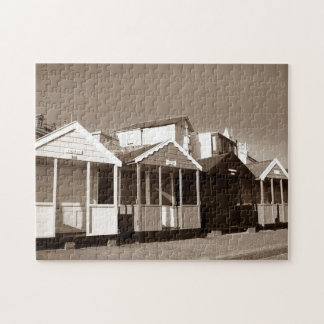 setzen Sie Hütten und englisches Küste-Foto des Puzzle