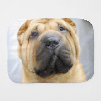 Shar-Pei Hund Spucktuch