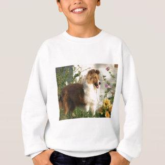 Sheltie in den Blumen Sweatshirt