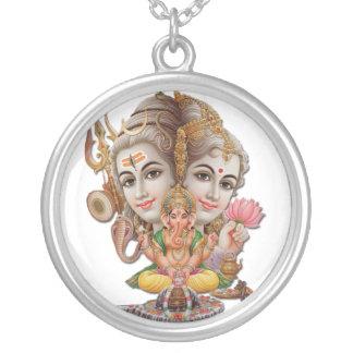 Shiva und Familienhalskette Versilberte Kette