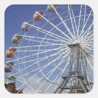 Show_Time, _Ferris_Wheel, _ Quadratischer Aufkleber