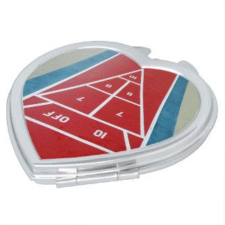Shuffleboard an Bord des Herzens geformt Schminkspiegel