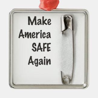 Sicherheits-Button Quadratisches Silberfarbenes Ornament