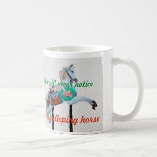 SIE BEMERKEN NIE KARUSSELL-PFERDETasse Kaffeetasse