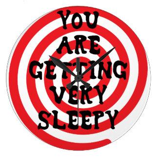 Sie erhalten sehr schläfrige Uhr