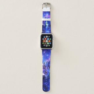 Sie glaubte an schillernde Himmel Apple Watch Armband