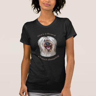 Sie ist ein Briard, ein französischer Schäferhund T-Shirt