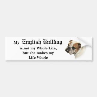 Sie ist mein Bulldoggen-Autoaufkleber