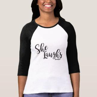 Sie lacht T-Shirt