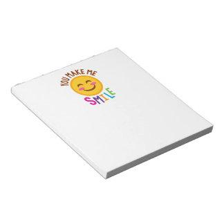 Sie machen mich Lächeln Emoji Notizblock